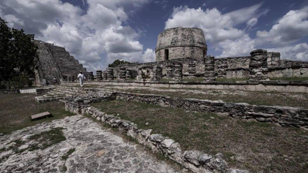 Знаменитый пирамидальный комплекс Майяпан