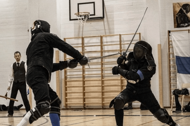 Экипировка в фехтовании