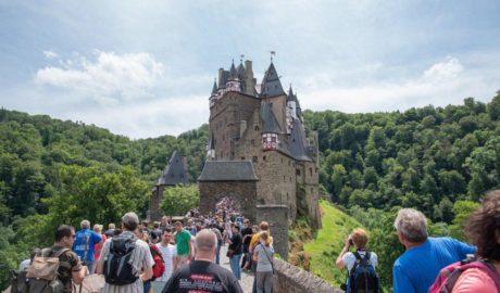 Оружейная комната замка Эльц  (Германия) 2