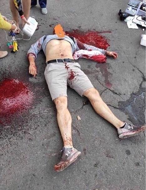 злоумышленники напали на журналиста Юрия Булата и зарезали его.