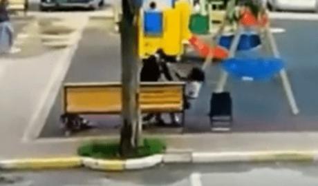 Мужчина зарезал девушку прямо на детской площадке 3