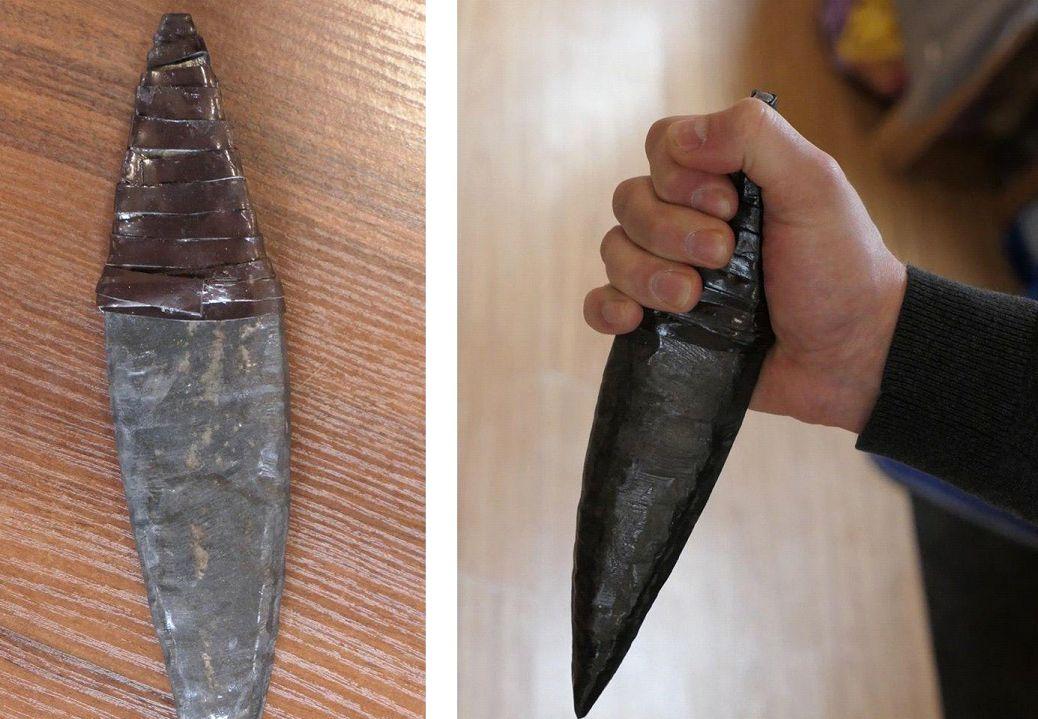 Картинка древнего ножа
